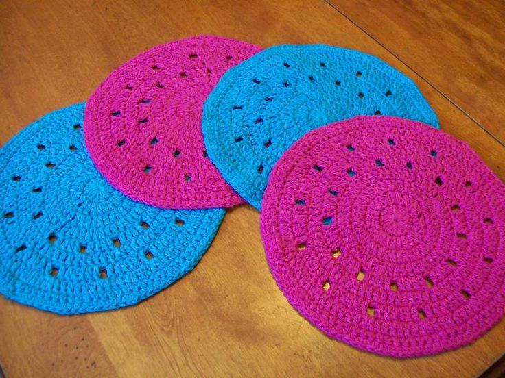 Crochet Placemats : Round Crochet Placemat Pattern Crochet and Knit Pinterest