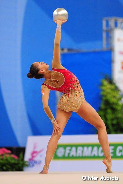 Margarita Mamun, Russia, got bronze in ball at World Cup Pesaro 2015