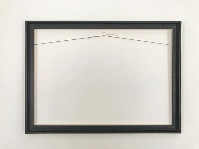 No photo today second Week . Detox .#jmvoge #photographylover #wallart #frame #red #white #atmosphere #memories #detox #enjoylife #quiettime #silence #dreams #waiting #hope #style #luxe #mystic #notime #line #nevergiveup #exhibition