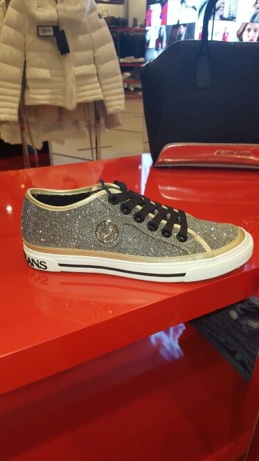 Absolutely stunning Armani Jeans trainers