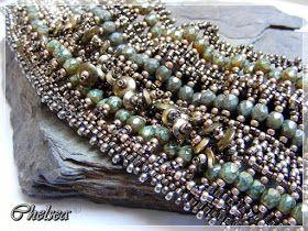 """oder auch..         """"mein fliegender Teppich"""" .. ;O))                 die Perlen dicht beieinander...    und doch luftig leich..."""