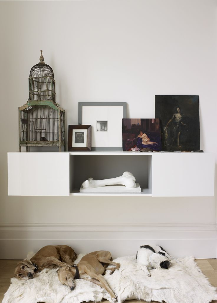 Harriet Anstruther, A bright and modern 1840s London town house- HOME TOURS on flodeau.com 8