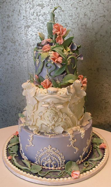 String Bean and Sweet Pea by Rosebud Cakes, Beverly Hills: A romantic Art Nouveau design, with a bas relief from Spanish architect Antonio Gaudi as the center, and the wedding dress detail copied for the bottom filagree. Cory and Elin