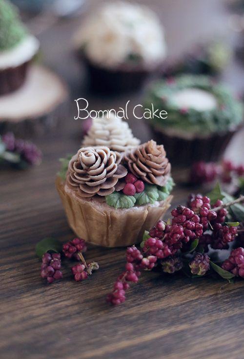 https://www.instagram.com/bomnalcake/ #wedding #weddingcake #yum #tasty…