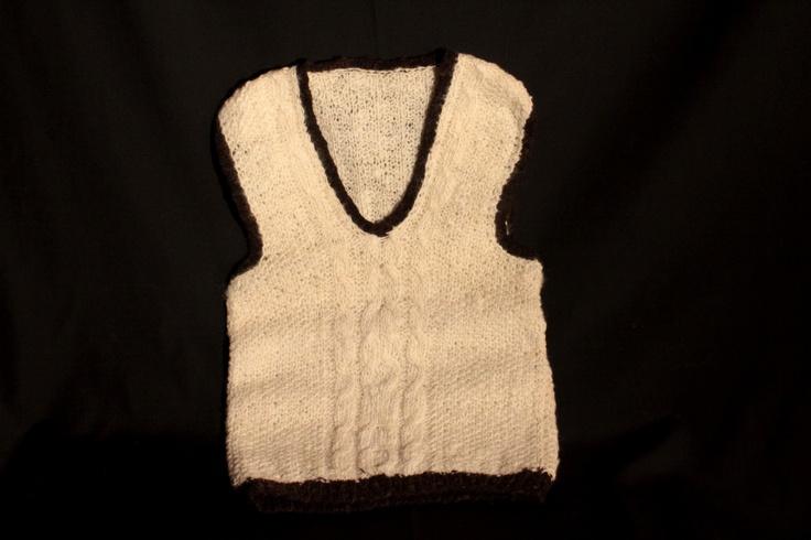 Chaleco tejido con lana de oveja, teñido con tintes naturales
