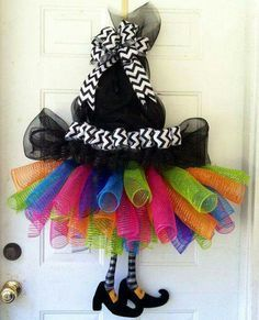 Awesome DIY Halloween decorations are affordable as well ass adorable!!!!