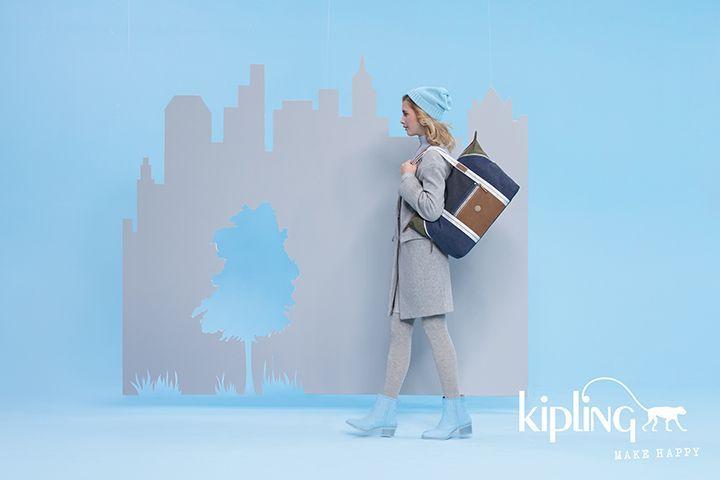 30周年を迎えた〈キプリング〉より、新たにユニセックスコレクション「エッジランド」が登場!   ベルギー発のプレミアム・カジュアルバッグブランド〈キプリング(Kipling)〉から、新たにユニセックスコレクション「エッジランド(EDGELAND)」が登場。2017年8月3日(木)より、直営全店・一部百貨店・オンラインショップで発売する。    都会をホームタウンとするスタイリッシュな人に向けてデザインされた「エッジランド」。洗いざらしたような風合いのカーキ、グレー、ブルーの3色...