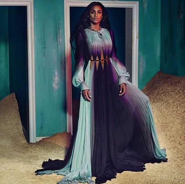 ... de caftan et tuniques sur Pinterest  Dubaï, Plage caftan et Caftan