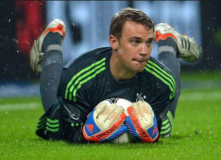 05. GK Manuel Neuer – Bayern Munich & Germany Top 10 FIFA 15 Player Ratings   FIFA 15 Best Players:- http://www.sportyghost.com/top-10-fifa-15-player-ratings-fifa-15-best-players/