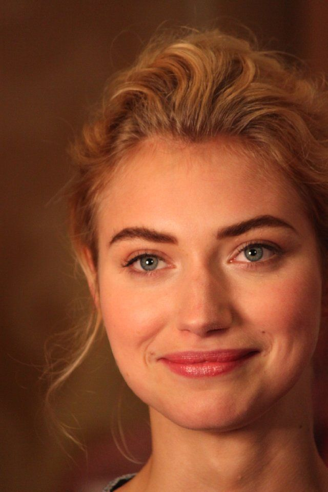 Imogen Poots as Sidney Sinclair in IT HAPPENED ONE WDDDING by Julie James. I think this is her big sister smile.