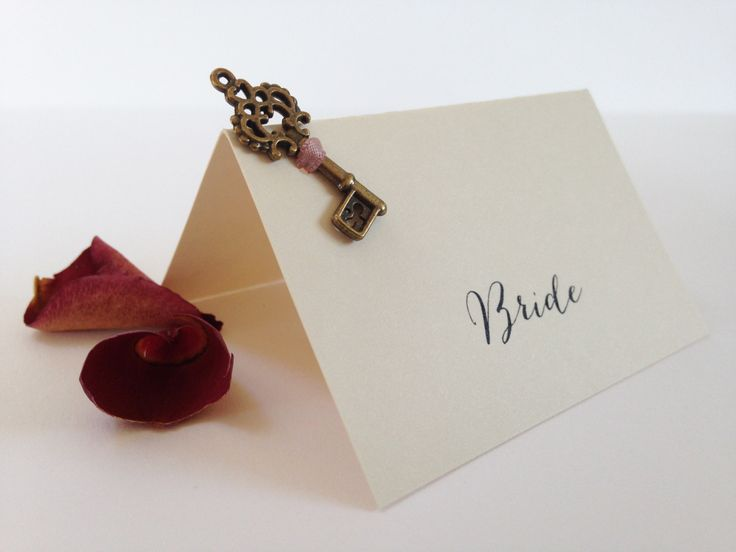 Vintage style Key Place Cards, Rustic Key Place Cards, Wedding Place Cards, Name Cards, Tent style Place Cards, Place Settings, by WholeCaboodleDesign on Etsy