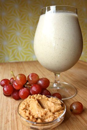 Healthy version of Peanut Butter & Jelly sandwich mmm :) 1 scoop Vanilla Shakeology ½ cup unsweetened almond milk ½ cup water ½ cup red grapes 2 tsp. all-natural peanut butter ½ cup ice (add more to taste)