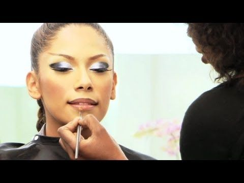 Beyonce Makeup Tutorial - Video Phone Part 1: Foundation Application: Beyonce makeup tutorial - Jacqueline Mgido, Instructor at Make-Up Designory's Los Angeles Campus, shows how to recreate Beyoncé's first look from the Video Phone video. In Part 1 of this series, Jacqueline shows how to apply full-coverage foundation including base matching, contouring and shaping the face, and setting the base with powder.