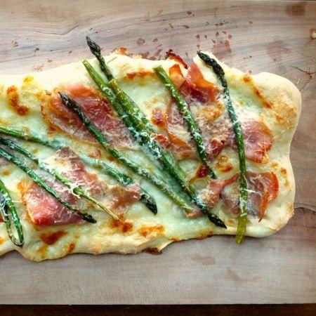 Спаржа прошутто пиццы 1