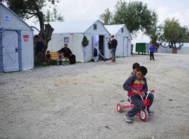 Refugio 'Better Shelter' diseñado por Johan Karlsson, Dennis Kanter, Christian Gustafsson, John van Leer, Tim de Haas, Nicolò Barlera, la Fundación IKEA y la agencia para los refugiados de la ONU.