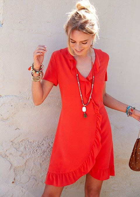 robe moulante,rouge,trés belle  votre porte feuille merite d'aimer cette robe♥