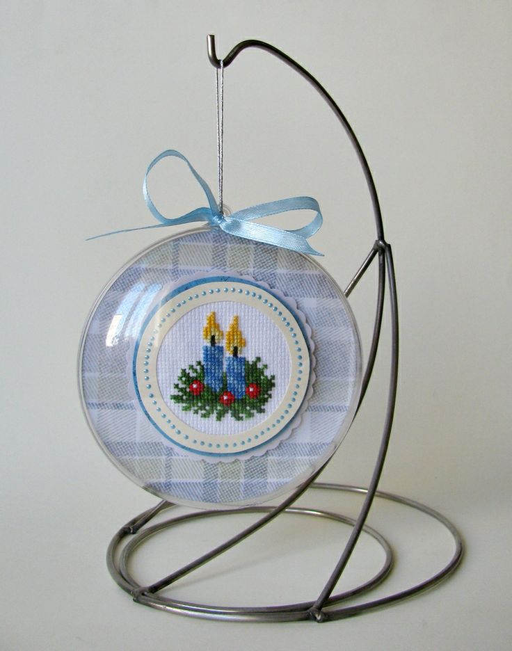 Bauble embroidered medallion with candles