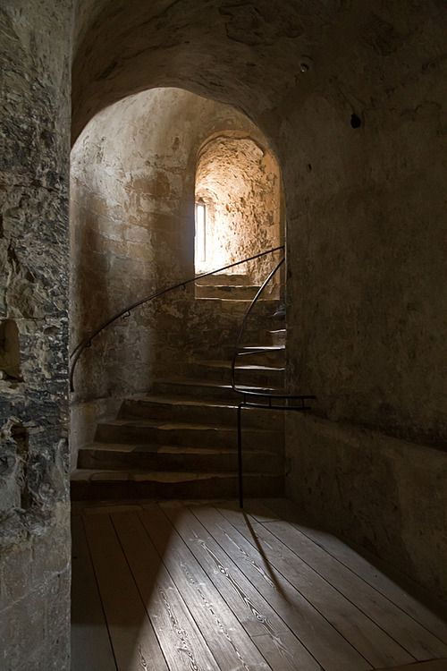 Dover Castle staircase.  (You must picture Anne Boleyn and the royal court here while they awaited better weather to cross the channel to France for the wedding of Mary Tudor and King Louis XII).  And Henry VIII always stayed at Dover to watch navy maneuvers.