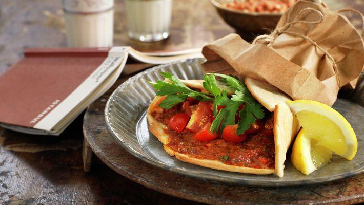 Brettepizza med sitron og persille - Kos - Oppskrifter - MatPrat