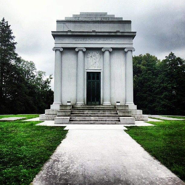 Sleepy Hollow Cemetery: William Rockefeller Mausoleum