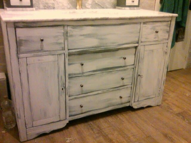 1000 id es propos de peinture liberon sur pinterest retapisser un fauteu - Peinture meuble castorama ...