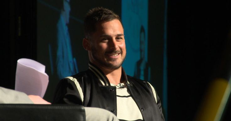 Patriots wide receiver Danny Amendola visits Bryant University in Rhode Island for a Q & A.
