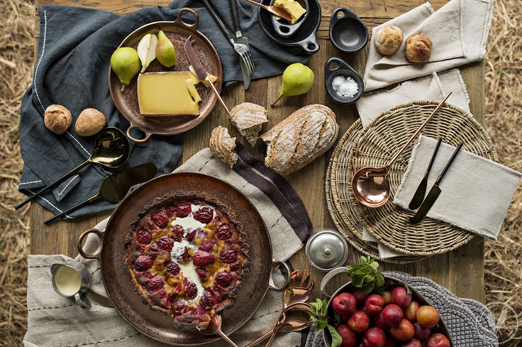 Copper Ring Trays, Jada Copper Cheese Knife and Spreader http://www.frenchcountry.co.nz/