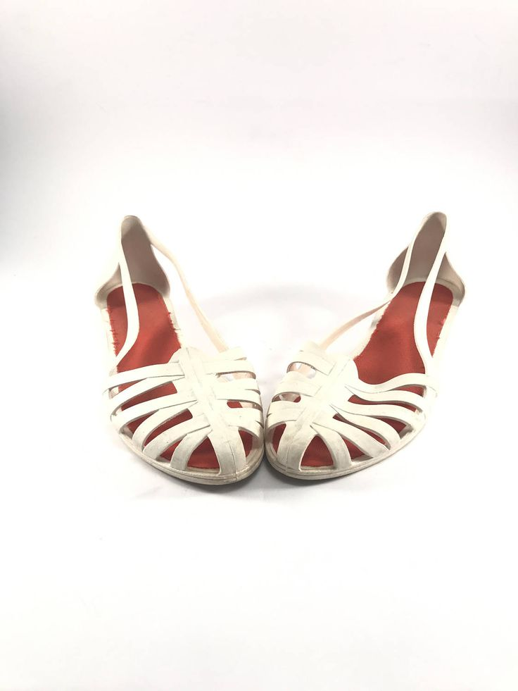 Vintage Woman Jelly Sandals Jugoplastika // White Jelly Sandals // Rubber Sandals // White Sandals // Size 40 // Made in Yugoslavia by AnExpiryDate on Etsy