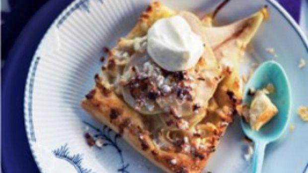 Pæretærte med vaniljerørt cremefraiche | Ude og Hjemme
