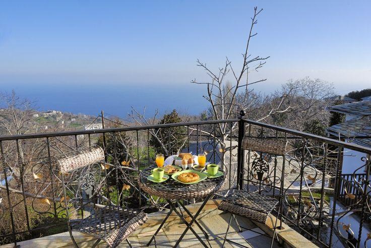 """Iviskos"" Luxury Suite, Balcony, Iris Guesthouse, Σουίτα ""Ιβίσκος"", Μπαλκόνι, Ξενώνας Ίρις"