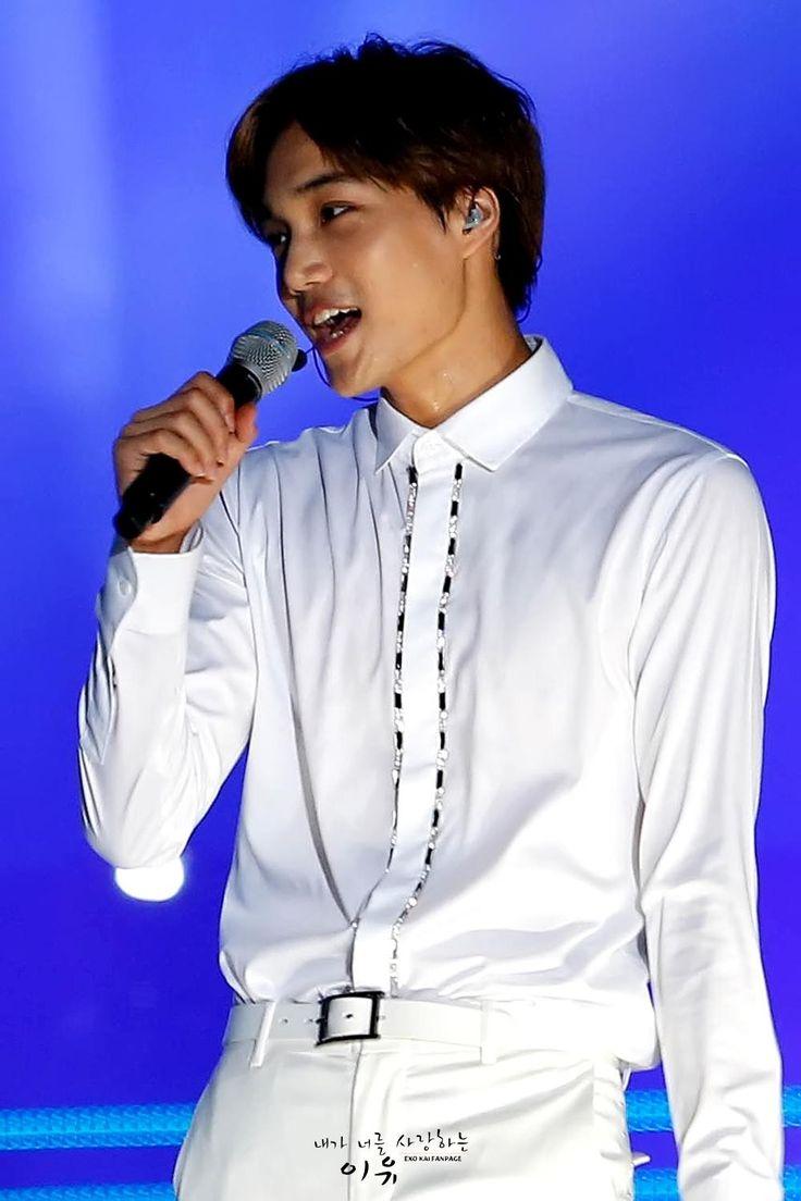 Kai - 140831 Lotte Duty Free 2014 Family Concert Credit: 내가 너를 사랑하는 이유. (2014 롯데면세점 패밀리 콘서트)
