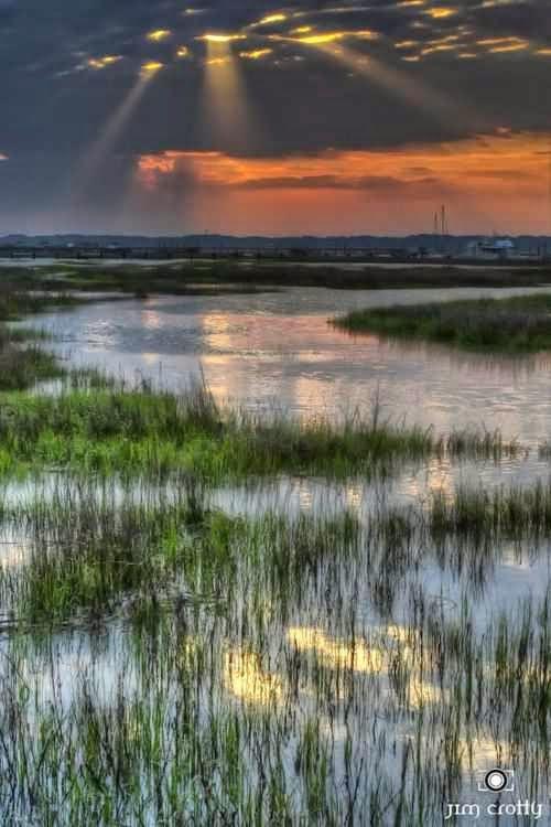 Sunrise Over Broad Creek, Hilton Head Island, South Carolina - JustCutePics.Com