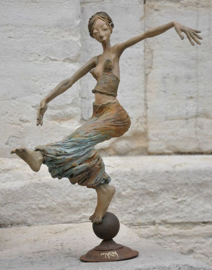 Best Sculptures Images On Pinterest Amazing Costumes Angler - 26 creative sculptures statues around world