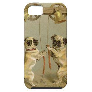 Twee pug honden die de klokken van Kerstmis bellen Tough iPhone 5 Hoesje
