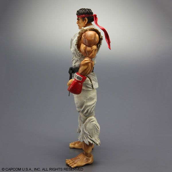The Ryu - Super Street Fighter IV - PLAY ARTS KAI collectible figure is a noteworthy addition to any Street Fighter or gamer collection. Description from sideshowtoy.com. I searched for this on bing.com/images