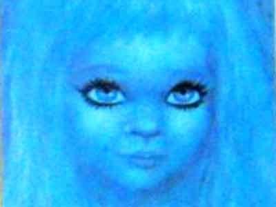 La storia di Azzurrina di Montebello - [Video]    http://fantasmiinfuga.blogspot.it/2012/12/la-storia-di-azzurrina-di-montebello.html