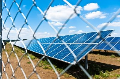 ReneSola to supply modules for 13MW solar park in UK http://solar.energy-business-review.com/news/renesola-to-ship-modules-for-13mw-solar-park-in-uk-210214-4181536