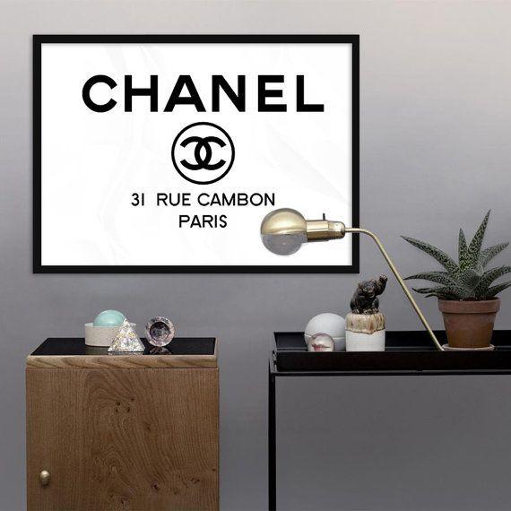 A Paris Apartment And A Paris Graphic: 1000+ Ideas About Chanel Logo On Pinterest