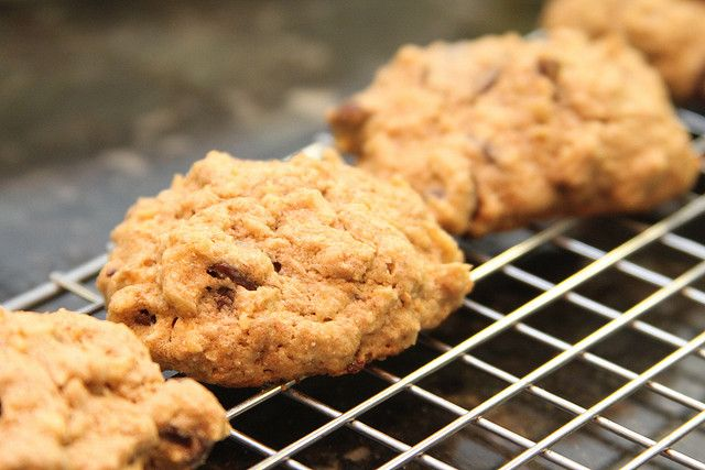 "This is a recipe for what I call ""Compost Oatmeal Cookies"" because it allows you the possibility to use so many things in your cabinet. (via Gudlyf) Ingredients: 1 Cup softened Cannabutter (I like working with clarified butter) 1 ½ C. Quick-cooking rolled oats 1 ½ C. all-purpose flour ½ C. granulated Sugar ½ C. …"