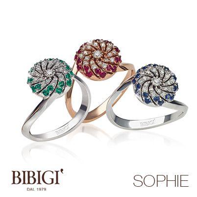 #Bibigì, #anelli in oro rosa, oro bianco, #brillanti, #zaffiri, #smeraldi e #rubini. Un design insolito per solitari in oro bianco, oro giallo e oro rosa con straordinari intarsi che ricreano un piacevole effetto di luci. Una linea morbida e avvolgente arricchita da diamanti, zaffiri, smeraldi e rubini.