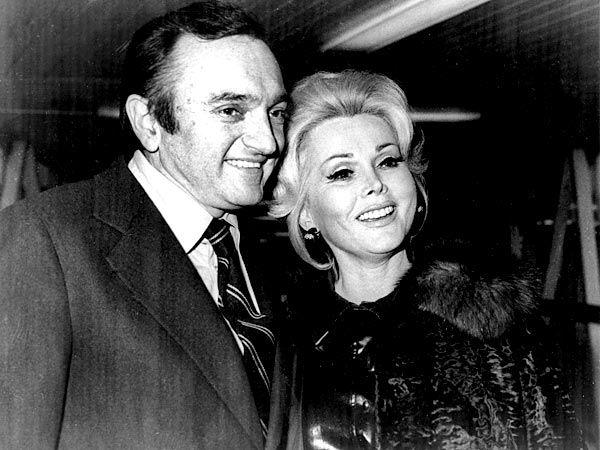 Zsa Zsa Gabor marries her sixth husband, millionaire industrialist Jack Ryan, in Las Vegas. (1975–1976; divorced)