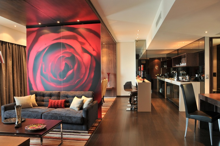 Hotel - Crowne Plaza Johannesburg - The Rosebank - Accommodation - Crowne Plaza Johannesburg - The Rosebank Ultimate Suite. To book this magnificent suite click here: http://bit.ly/t7NgIy