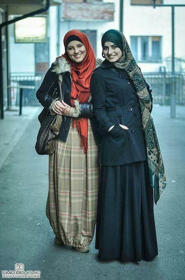 الحمد لله والشكر لله رب العالمين، اللهم استرنا واستر إخواننا وأخواتنا في الإسلام