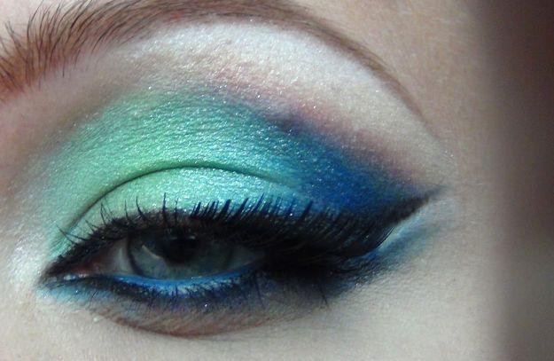 Шикарный арабский макияж в голубых тонах ::: onelady.ru ::: #makeup #eyes #eyemakeup