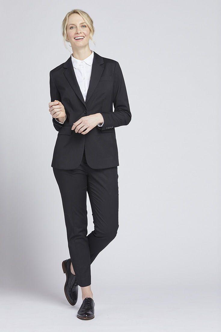 Women S Black Suit Woman Suit Fashion Suits For Women Black Suits [ 1104 x 735 Pixel ]