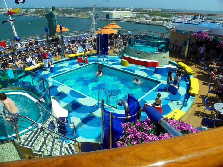 Carnival Dream Reviews, Photos And