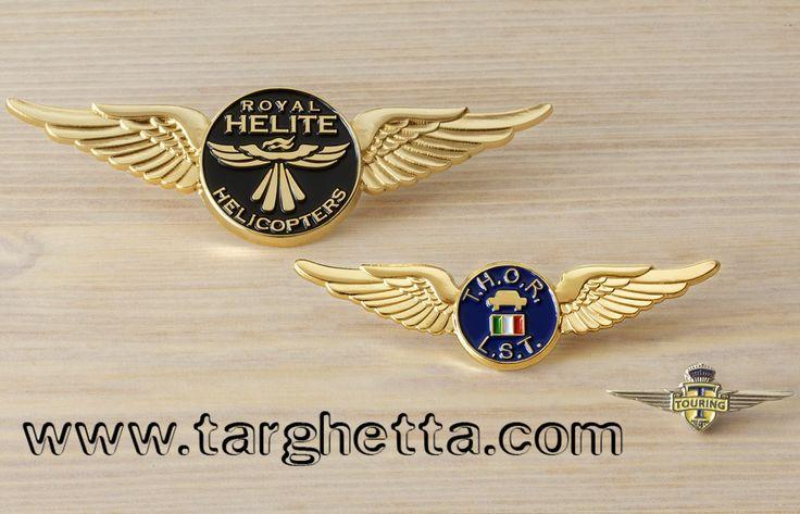 https://www.luxurylapelpins.com custom pin badges