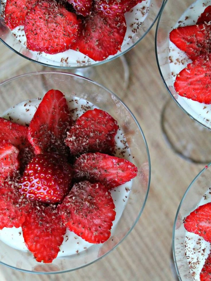 Easy Christmas Dessert Inspiration: Chocolate, Cream Cheese Mousse