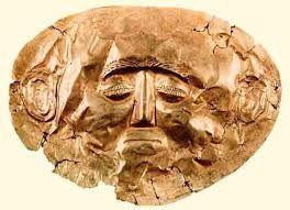 Maschera funebre, ca 1600-1500 a.C. Lamina d'oro, altezza 30 cm. Dalle tombe reali di Micene. Atene, Museo Archeologico Nazionale.