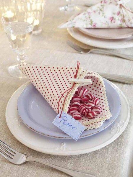 1-servietten-falten-tuete